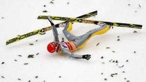 """Vorläufige Entwarnung bei Freitag – Stoch jagt """"Grand Slam"""""""