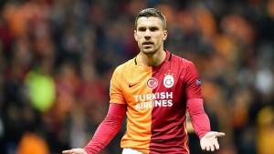 Podolski ohne Erfolgserlebnis zum Abschiedsspiel