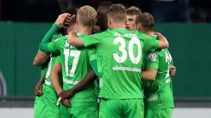 Gladbach gewinnt rheinischen Pokalfight