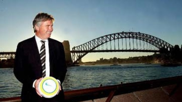 Sydney, Südsee, Schalke - Berufspendler Guus Hiddink
