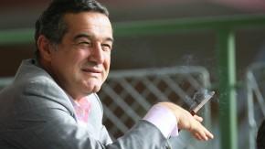"""Gigi Becali, der Eigentümer von Steaua Bukarest, ist ein echter """"Sonnenkönig"""""""