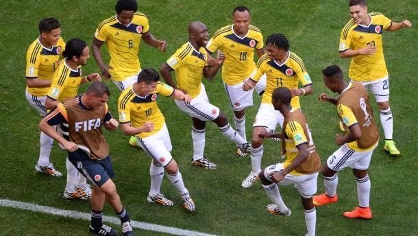 Kolumbianische Freudentänze in Brasilia