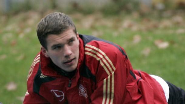 Podolski übernimmt die Schweinsteiger-Rolle