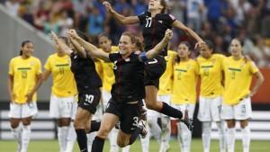 Zehn Amerikanerinnen triumphieren