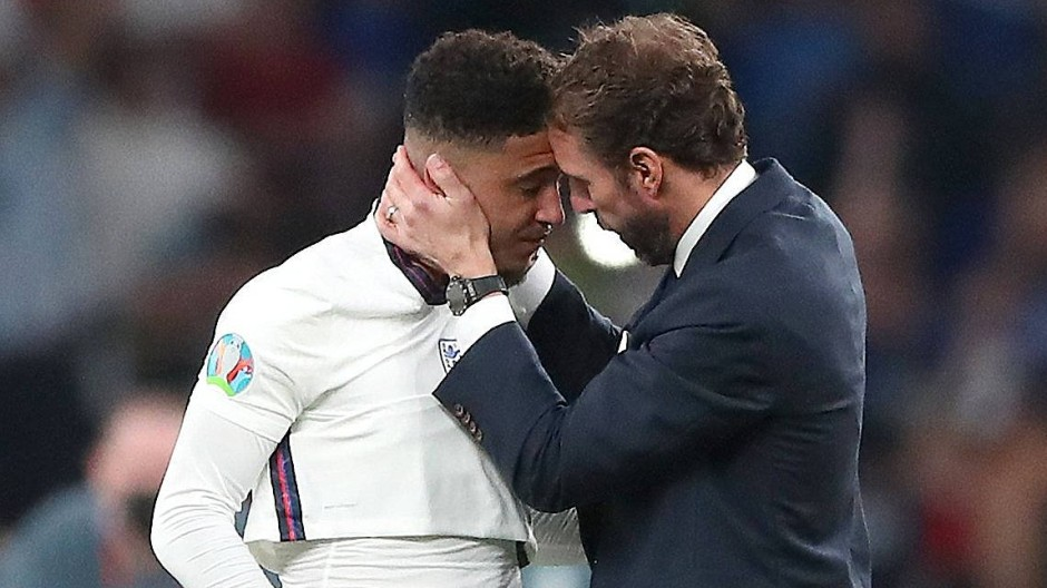Spendete Trost: Englands Trainer Gareth Southgate bei Jadon Sancho