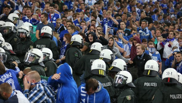 Polizei zieht sich aus Schalke-Arena zurück