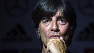 Die Vorbereitung auf die WM ist für Bundestrainer Löw nicht ohne Tücken.