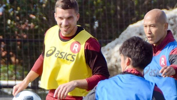 Podolski wird Kapitän in Japan