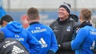 Auch Junge sind dabei: Trainer Markus Gisdol setzt beim HSV auf den Nachwuchs