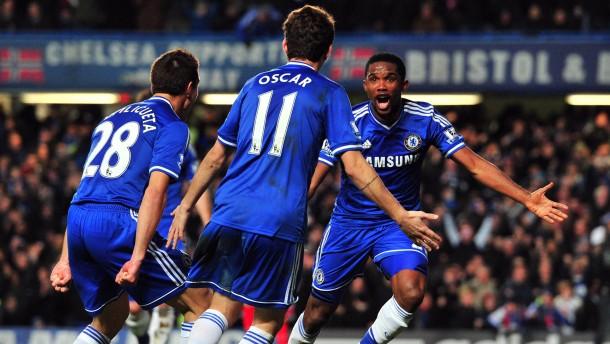 Chelsea besiegt Liverpool - Arsenal Erster