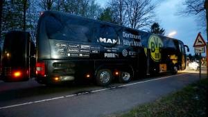 Polizei: Explosionen waren gezielter Angriff auf BVB-Mannschaft