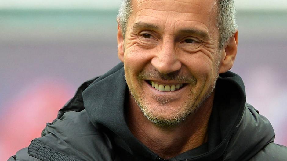 Die Zukunft von Eintracht-Trainer Adi Hütter liegt in Mönchengladbach.