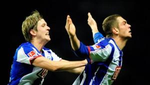 Hertha wieder Spitze dank zweier Tore Lasoggas