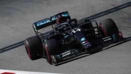 Hamilton vorneweg, Vettel weiter schwach