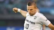 Podolski trifft beim Sieg von Vissel Kobe