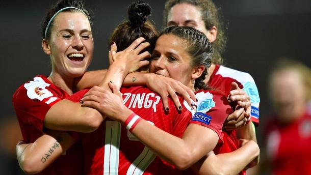Der Frauenfußball stagniert