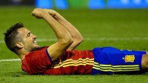 Spanien besiegt England