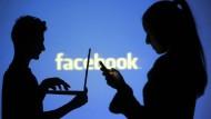 Facebook verdient 700 Millionen weniger