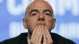 Infantino bleibt trotz Strafverfahren Präsident