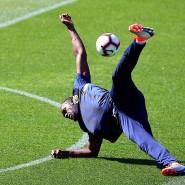 Bekommt Usain Bolt einen Vertrag als Profifußballer in Australien?
