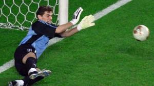4:3 nach Elfmeterschießen - Casillas hält Spanien im Turnier