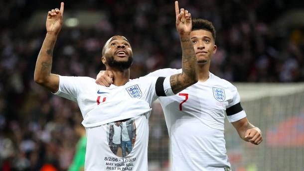 Sterlings rührende Geste an verstorbenen Jugendspieler