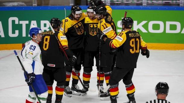 Deutschland mit Torfestival zum Start der Eishockey-WM