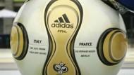 Scheich ersteigert WM-Finalball