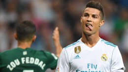 Ronaldo wütend, Real hilflos
