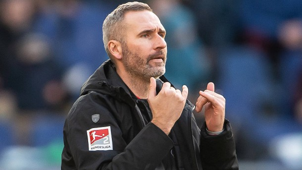 Stuttgart-Trainer Walter droht das Aus