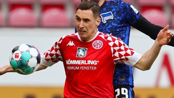 Eintracht-Spieler Kohr bleibt vorerst Mainzer