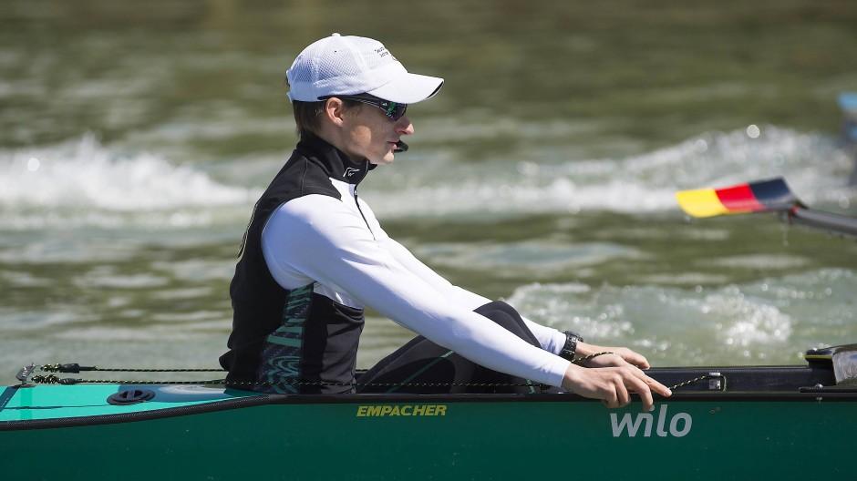 1,69 Meter groß und 55 Kilo: Steuermann Martin Sauer darf seine Ruderer nicht belasten