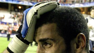 Arsenal düpiert Titelverteidiger Milan - Elfmeter-Krimi in Sevilla