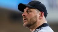In der Nachspielzeit fällt dann auch noch der Ausgleich: Trainer Steffen Baumgart und der SC Paderborn beim Spiel gegen den KSC.