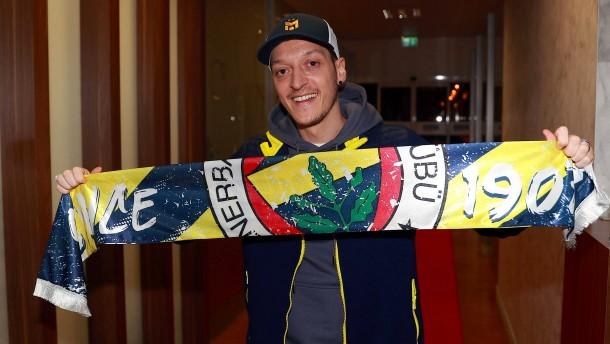 Mesut Özil und eine perfekte Inszenierung