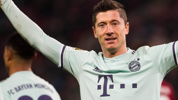 Bundesliga: FC Bayern jagt mit 4:0 in Hannover die Dortmunder