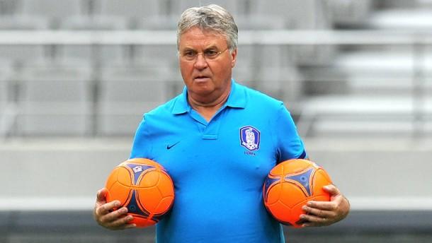 Hiddink löst van Gaal als Oranje-Coach ab
