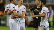Umstritten: Nicht jeder Fan kann mit der Ausgliederung der Profi-Fußballer aus dem Stammverein etwas anfangen, wie sie auch in Mainz erörtert wird