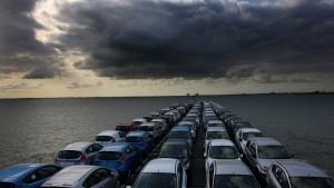 Autoverkäufe fallen im Januar auf Rekordtief