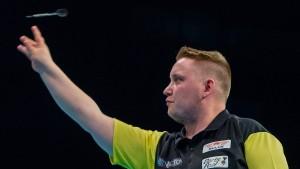 Deutschlands Nummer zwei gelingt Darts-Sensation