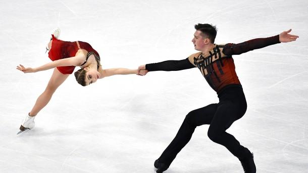 """Deutsches Paar mit """"zitternden Beinen"""""""