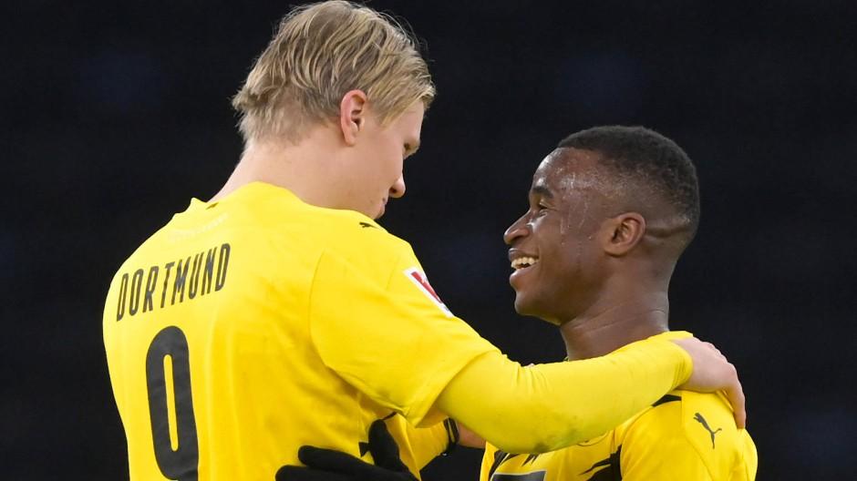 Die jungen Wilden des BVB: Erling Haaland (l) und Youssoufa Moukoko