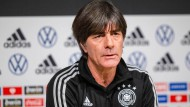 Hofft auf eine schnelle Genesung von Niklas Süle: Bundestrainer Joachim Löw
