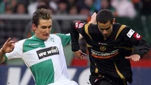 Schalke wieder auf Titelkurs, Werder zieht nach
