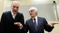 Bernie Ecclestone (rechts) und sein Anwalt Sven Thomas