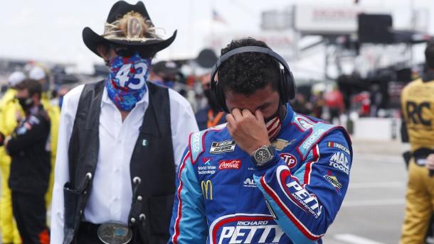 Tränen bei Nascar-Fahrer Bubba Wallace