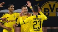 Glücklicher Kapitän: Marco Reus bringt den BVB in Führung.