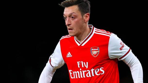 Özil ist die Hoffnung in der großen Arsenal-Krise