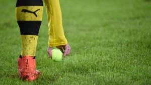 "Fan-Protest bei ""Tennis Borussia"" Dortmund"