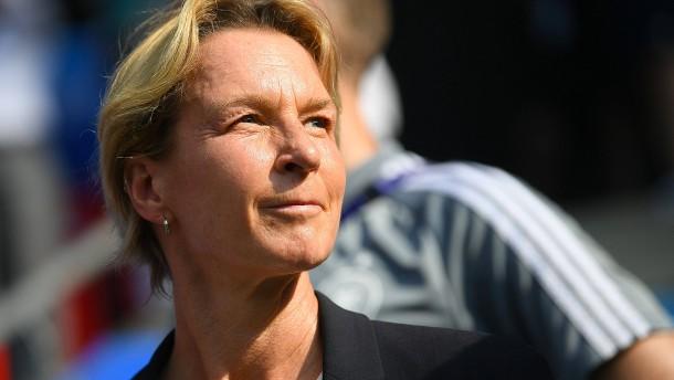 Deutsche Fußballfrauen weiter souverän